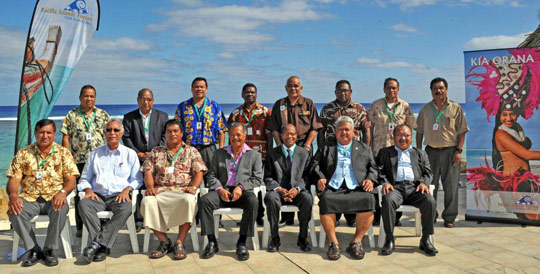 ACP Secretary General Mohamed Ibn Chamas with Pacific leaders, Cook Islands